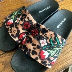 Steve Madden slide sandal